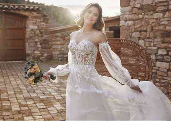 Vestidos de Noivas White One