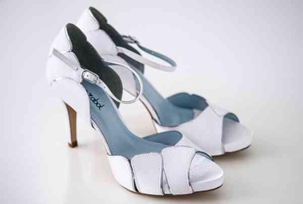 Sapatos Luana Zabot