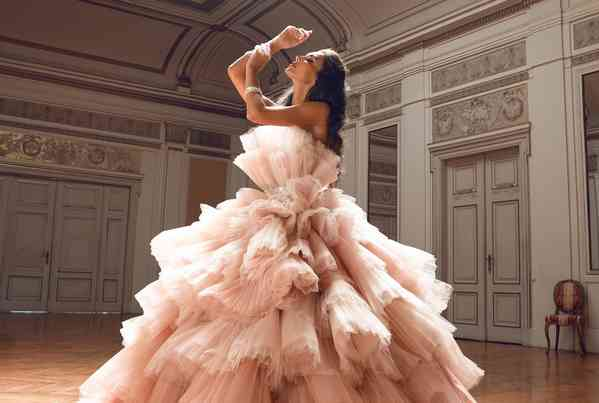 Vestidos de Noivas Dovita Bridal