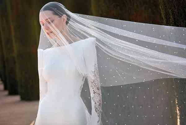 Vestidos de Noivas Valerio Luna